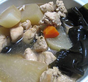 昆布と大根と鶏肉の煮物