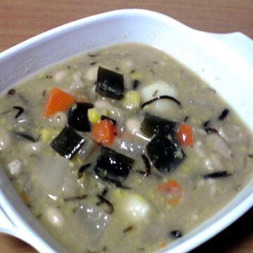こん・こん・こーんスープ(昆布・根菜・コーンスープ)