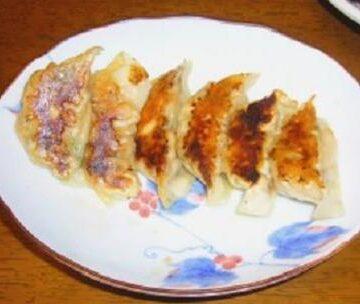 サーモンとエノキの塩昆布入り餃子