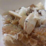 麻油薬膳煮鮑菇 (ごま油の薬膳きのこ煮)