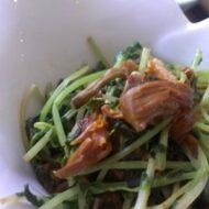 金針菜と豆苗の腐乳炒め