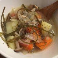 温野菜と切昆布のポトフ