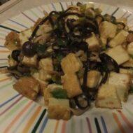 厚揚げと切昆布を使った和風マーボ豆腐